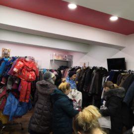 В епархиальном гуманитарном центре «Колыма – За Жизнь» проведена благотворительная акция по обеспечению гуманитарной помощью нуждающихся