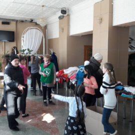 Сотрудники и волонтеры движения «Колыма — За Жизнь» провели благотворительное мероприятие в поселке Снежный
